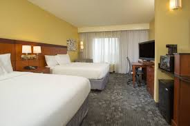 courtyardMarriottRoom